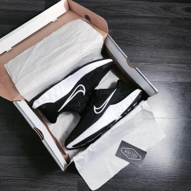 Hàng Chính Hãng Nike React Black 2020**