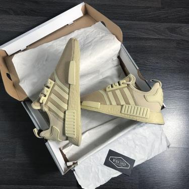 Hàng Chính Hãng Adidas NMD R1 'Savannah' 2021**