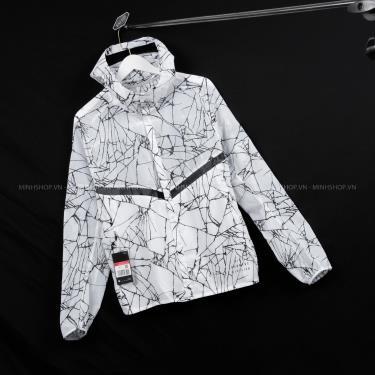 ao-khoac-nike-run-division-jacket-white-black