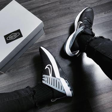Hàng Chính Hãng Nike Air Max Alpha Tr3 Black/ White 2020**