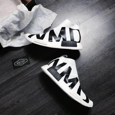 sale-70-giay-adidas-nmd-cs1-primeknit-white-black-eg7538-ap-dung-chuyen-khoan
