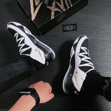 """Hàng Chính Hãng Giày Bóng Rổ Nike LeBron 17 Low """"Metallic Gold/Sheriff"""" 2020**"""